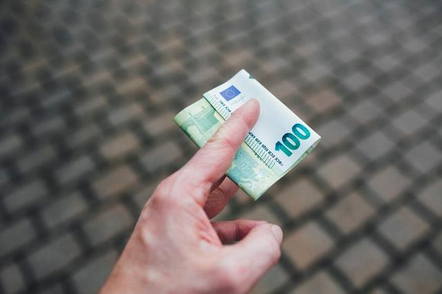 Kredyt, pieniądze